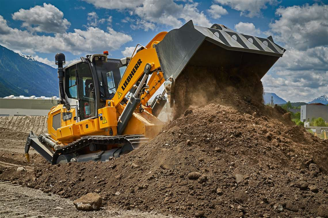 LiView position transducer in new crawler loader by Liebherr